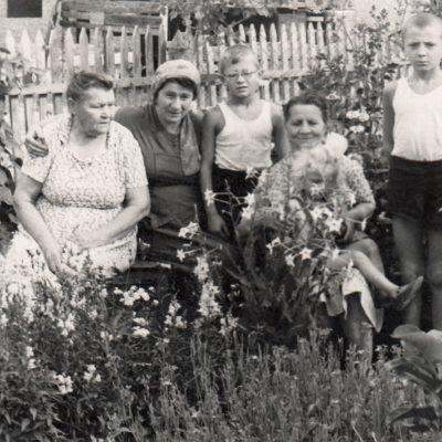 Gertrude, Erna und Anna Rolloff
