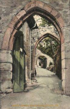 Baden-Baden, Eingang zum alten Schloss