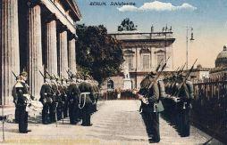 Berlin, Schlosswache