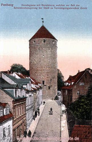 Freiberg, Donatsgasse mit Donatsturm