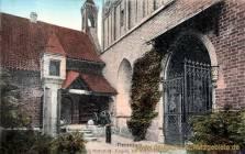 Marienburg, Wpr., Eingang zur Hochmeistergruft