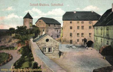 Schloß-Waldeck, Schloßhof