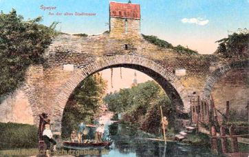 Speyer, An der alten Stadtmauer