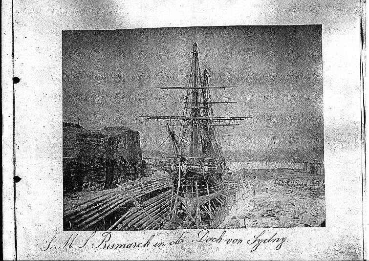 S.M.S. Bismarck in der Dock von Sydney