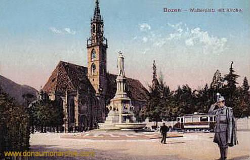 Bozen, Walterplatz mit Kirche