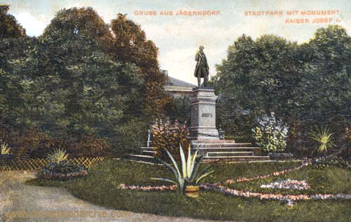 Jägerndorf, Stadtpark mit Monument Kaiser Josef