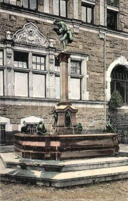 Kassel, Bücherwurmbrunnen