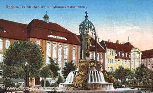 Oppeln, Friedrichsplatz mit Monumentalbrunnen