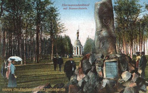 Hermannsdenkmal mit Bismarckstein