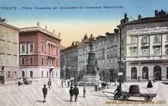 Trieste, Piazza Giuseppina col monumento all' Imperatore Massimiliano