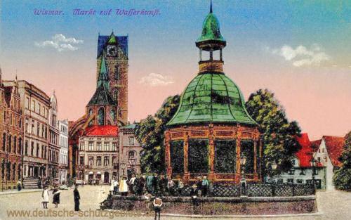 Wismar, Markt mit Wasserkunst