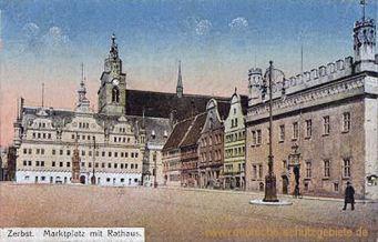 Zerbst, Marktplatz mit Rathaus