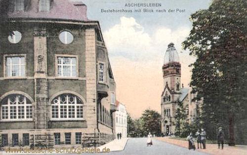 Aschersleben, Bestehornhaus mit Blick nach der Post