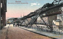 Elberfeld, Bismarcksteg mit Bahnhof Alexanderbrücke