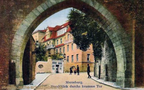 Merseburg, Durchblick durchs krumme Tor