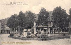 Schleusingen, Markt mit Standbild der Gräfin von Henneberg