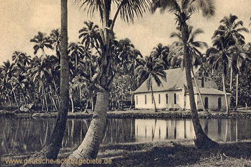 Samoa, Lagune und Kirche von Safune auf Savaii