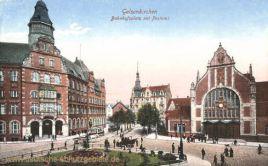 Gelsenkirchen, Bahnhofsplatz mit Postamt