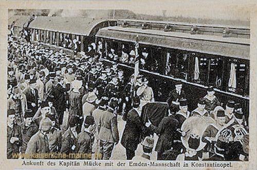 Ankunft des Kapitän Mücke mit der Emden-Mannschaft in Konstantinopel (Istanbul)