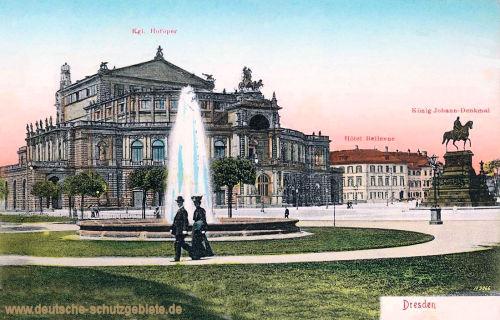 Dresden, Königliche Hofoper (Semperoper), König Johann-Denkmal