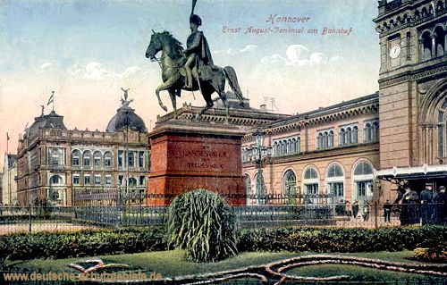 Hannover, Ernst August-Denkmal am Bahnhof