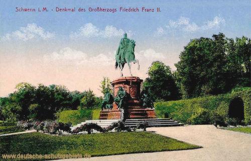 Schwerin, Denkmal des Großherzogs Friedrich Franz II.