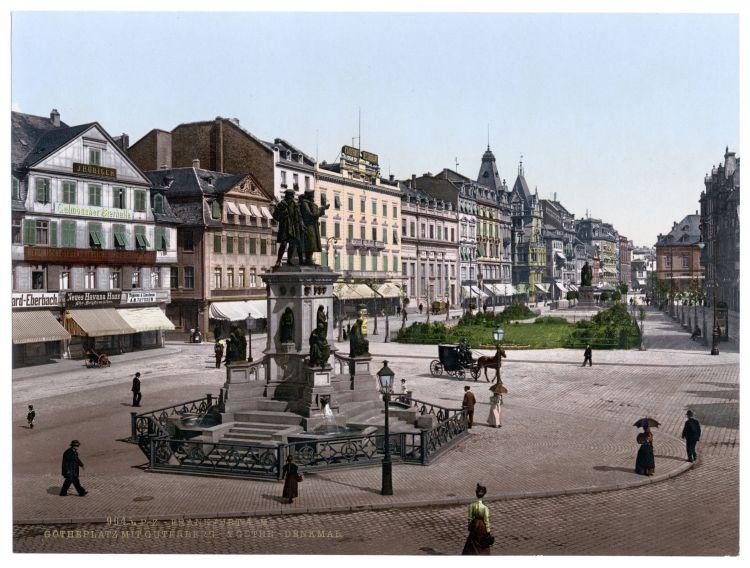 Frankfurt a. M. Goetheplatz mit Gutenberg- & Goethe-Denkmal