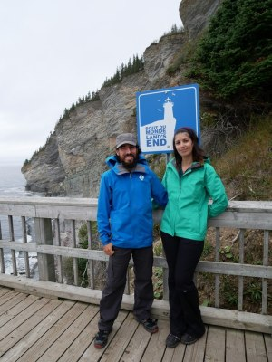 Laura en Marmot Minimalist et Pierre en Black Diamond Liquid Point Shell