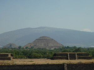 Pyramide du soleil - Teotihuacan
