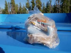 250gr de déchet non recyclable dans les Rocheuses canadienne
