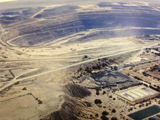 鉱山の大きさ