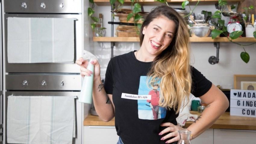 3 φυσικοί τρόποι να καθαρίσεις την κουζίνα σου (VIDEO)