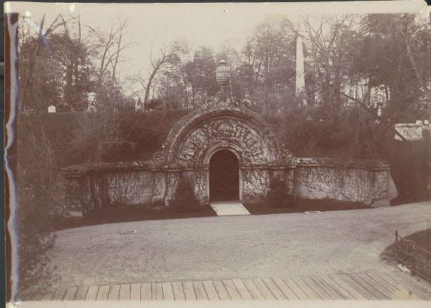 Auburn Lake Receiving Tomb, 1905.
