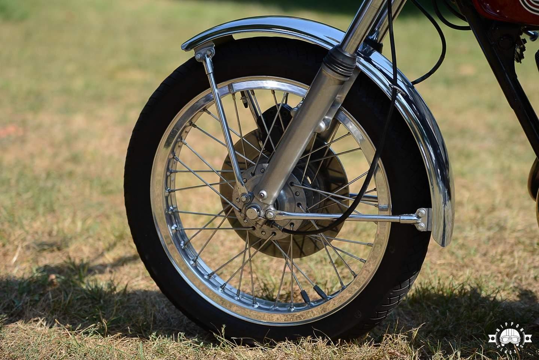 Yamaha RD LC auf Speichenräder umbauen