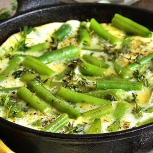St. Supéry Asparagus Frittata in cast iron bowl