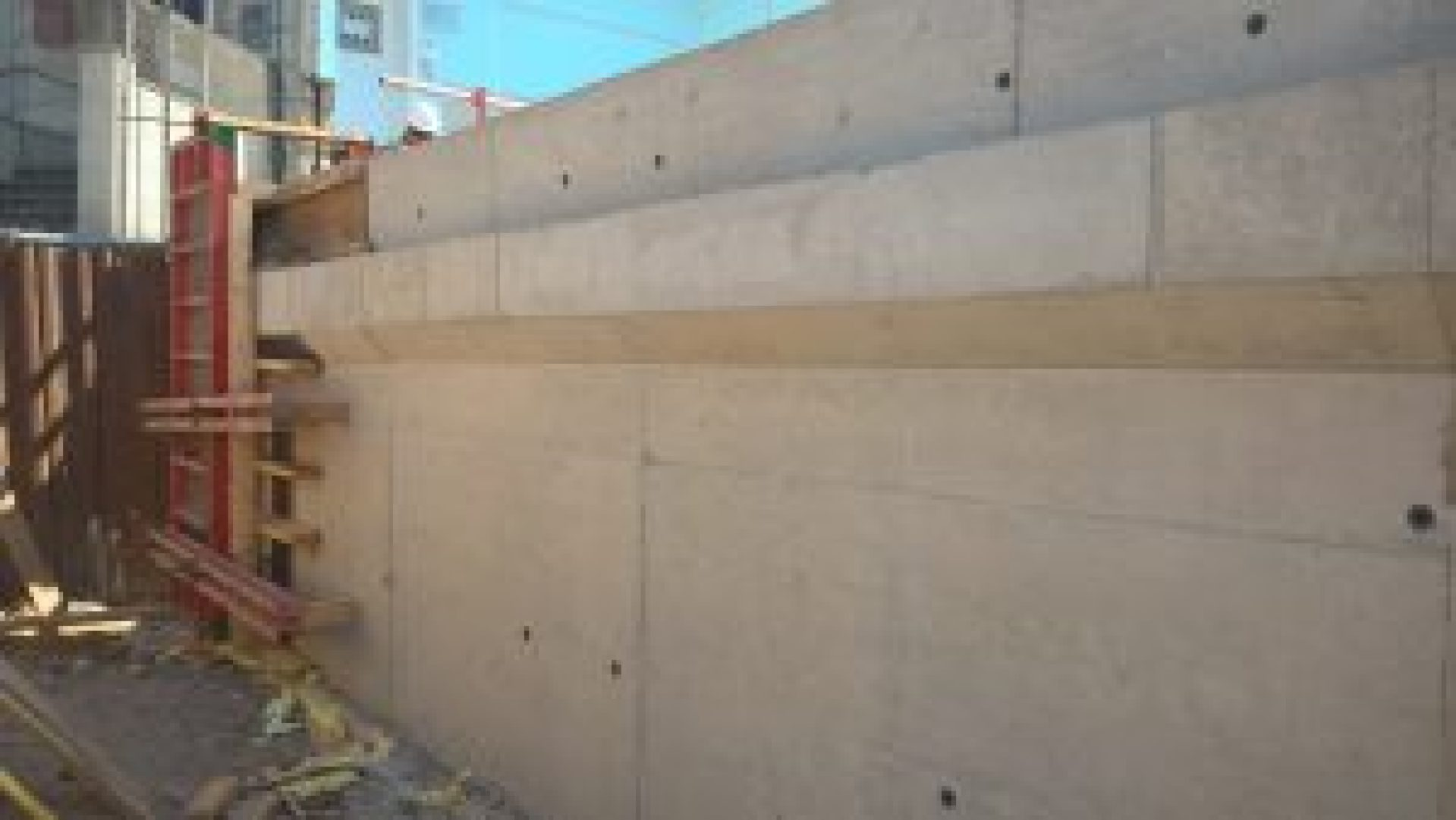 Concrete Retaining Wall Corbel Upstand