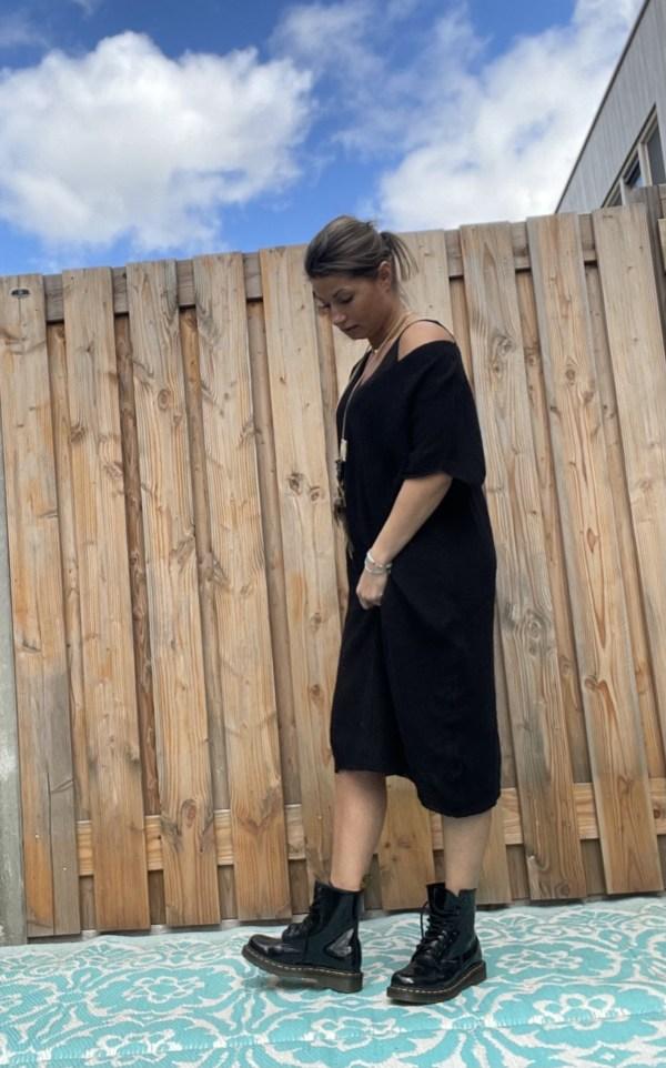 Gebreide Off schouder oversized tuniek - Zwart kleur.