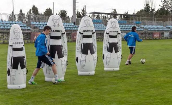 football training - Манекен BARRET — закадровые особенности тренировок в футболе