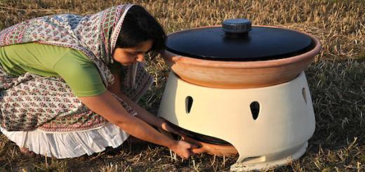 Amazing water distiller needs just sunlight to turn salt water into drinking water
