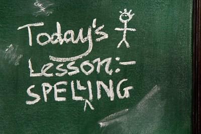 Spelling Lesson à la petite école bilingue