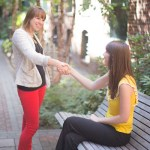 Rencontre entre 2 jeunes lycéennes
