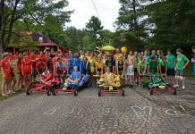Les enfants du camp d'été francophone Tekekwitha
