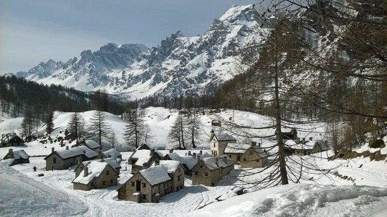Read more about the article Riflessione su Alpe Devero e Turismo