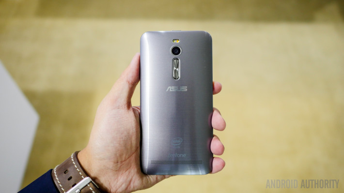 asus-zenfone-2-first-look-a-7-of-19-710x3991