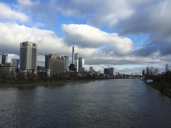 Vista del río Main y la ciudad.