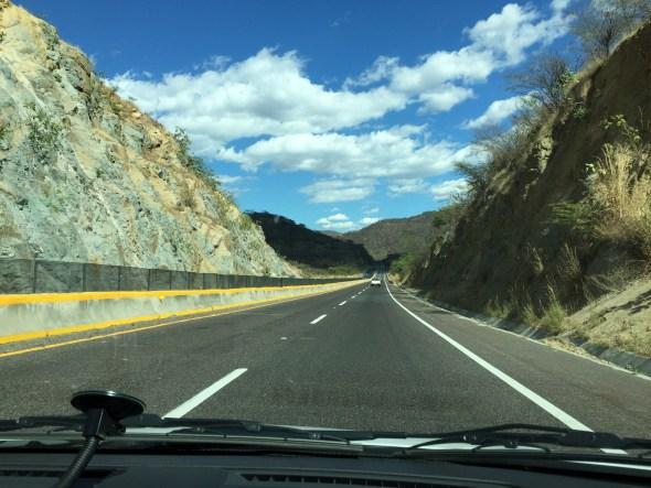 Ruta llegando a Acapulco