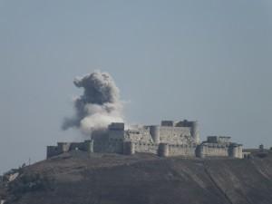 Ataque ao Castelo durante a Guerra Civil Síria, em 2013 (Fonte: Wikicommons/Autor: Usuário Syria963)