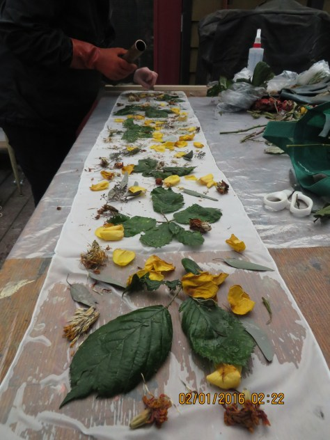 (2)-1-fresh plants rolled into silk
