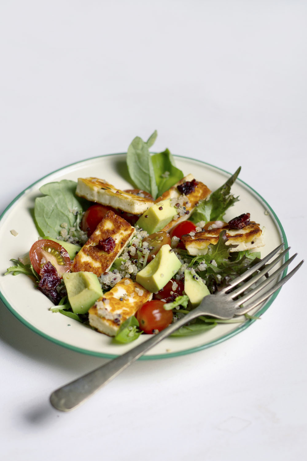 Quinoa Salad with Grilled Haloumi Cheese
