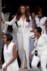 Mama Tina absolutely stole the show though, SLAYING this look at Solange and Alan Ferguson's wedding in New Orleans on Sunday, Nov. 16.